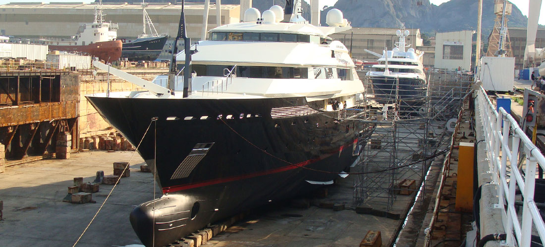 Project management of complete systems during the refit of a Motor Yacht
